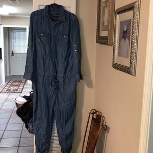 New York and company jumpsuit